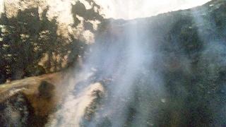 堆肥舎の煙